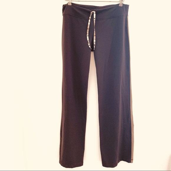 Lululemon mocha tan wide leg yoga pants Size 10